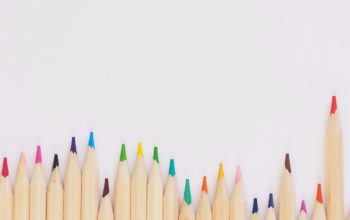 pencils_plush-design-studio-483666-unsplash