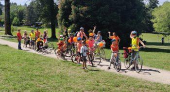 Fietstocht_groep_veld_fietsen_IMG_20190602_120857_crop